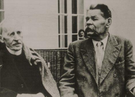 Писатели Максим Горький и Ромен Роллан. Москва, 1935 год.