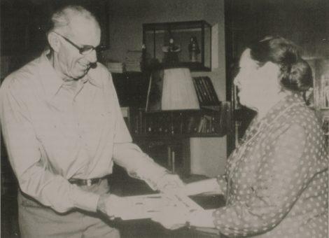 Президент Советской ассоциации литературы и искусства для детей Агния Барто с видным американским общественным деятелем доктором Бенджамином Споком. 1977 год.