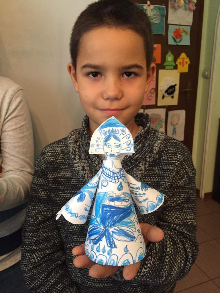 Ученики детских курсов русского языка РЦНК в Белграде отметили День матери