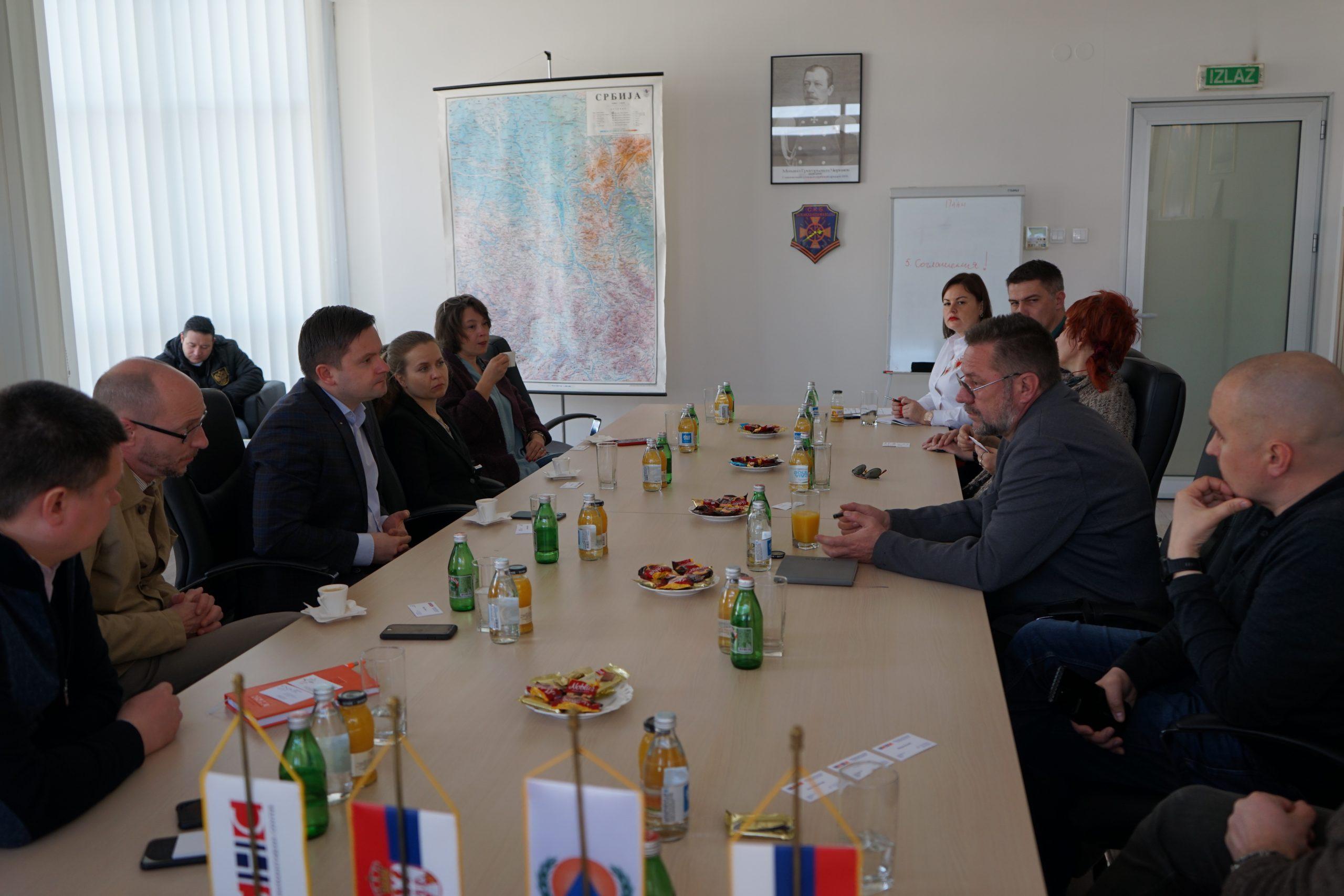 Директор Русского Дома Евгений Баранов посетил Российско-сербский гуманитарный центр в городе Нише